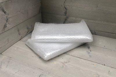 noppenfolie of bubbelfolie - 2 x groot formaat 120 cm x 180 cm