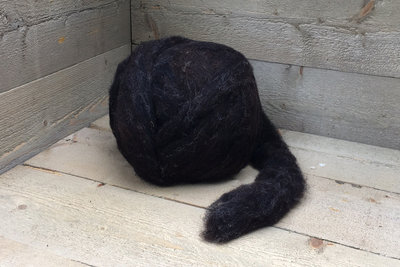 500 gram gewassen lontwol - Dassenkop (donker bruingrijs)