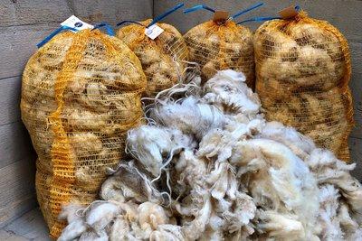 Volume voordeel: 5 kilo basis wol / vulwol - puur (wolwit)